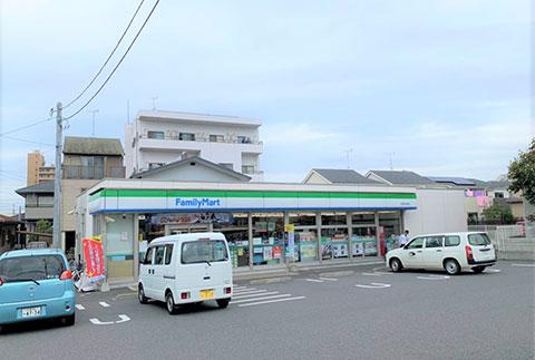 ファミリーマート千葉鶴沢店徒歩約6分