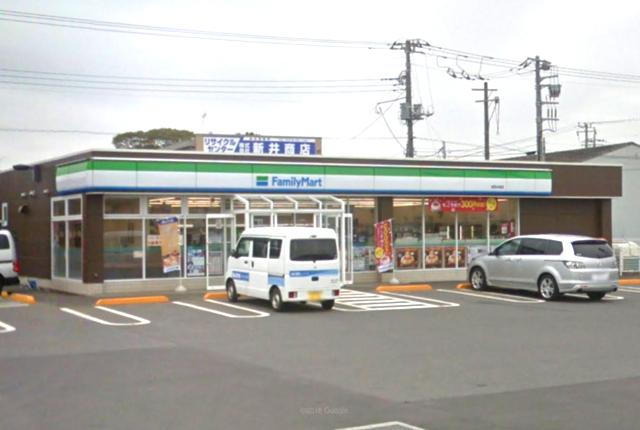 ファミリーマート成田本城店約400m
