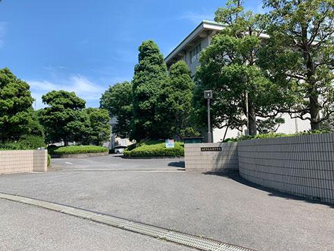 松尾中学校徒歩約11分